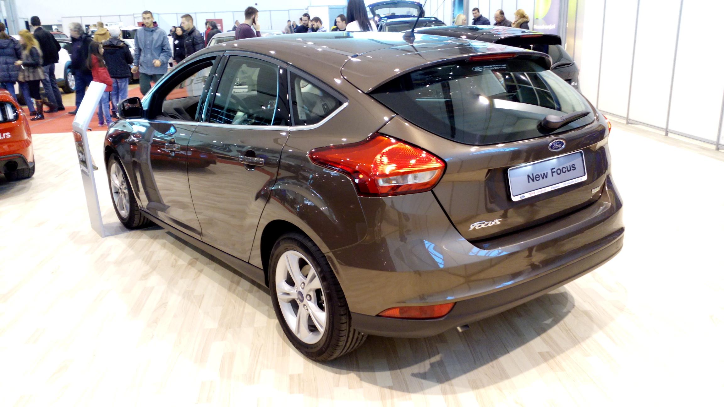File:Ford Focus Mk3 Facelift R.jpg