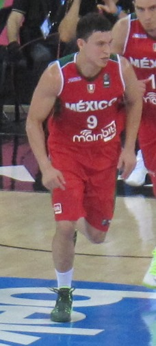 Cruz, with [[Mexico national basketball team|Mexico]], during the [[2014 FIBA World Cup]]