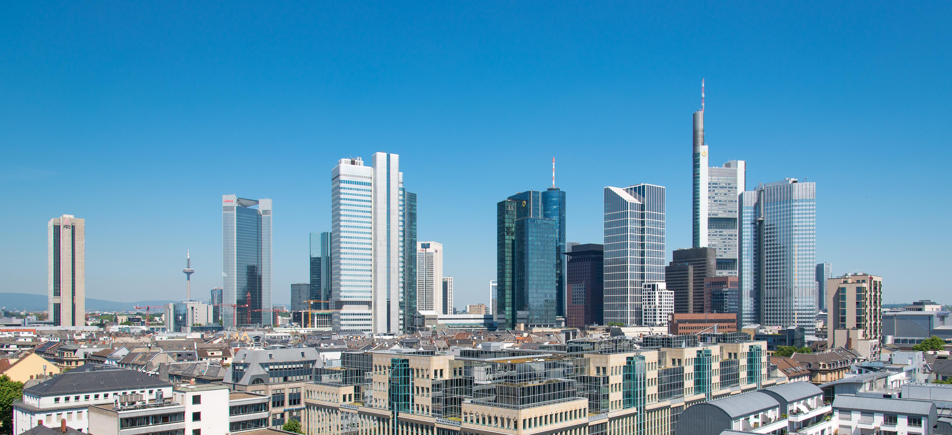Hochhäuser in Frankfurt am Main[Bearbeiten - Quelltext bearbeiten]