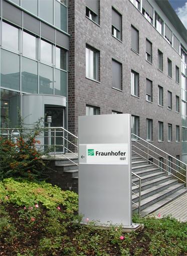 Fraunhofer-ISST Seiteneingang