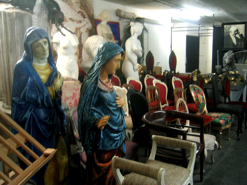Below is the prop room at the National Theater in Mannhiem, Germany.