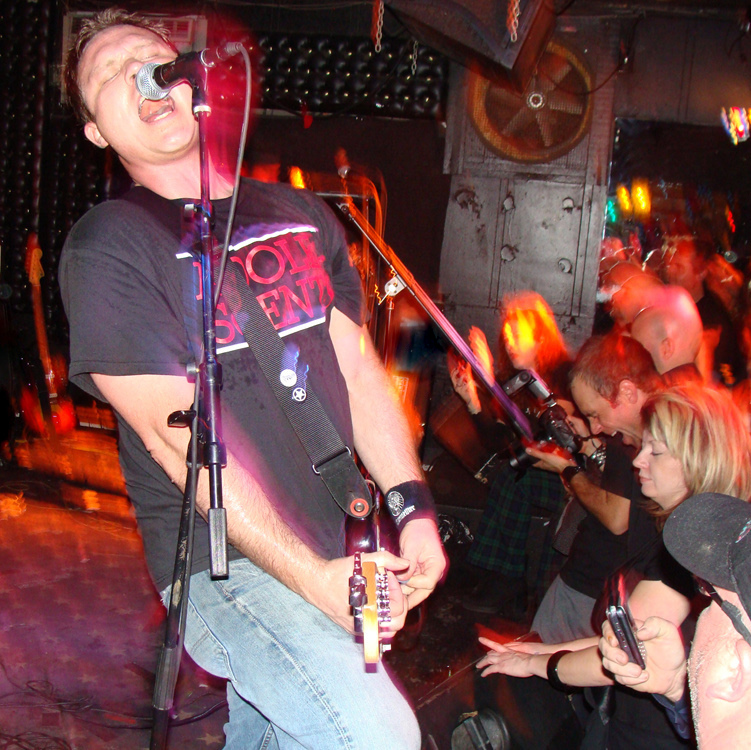 Ian Taylor (musician) - Wikipedia