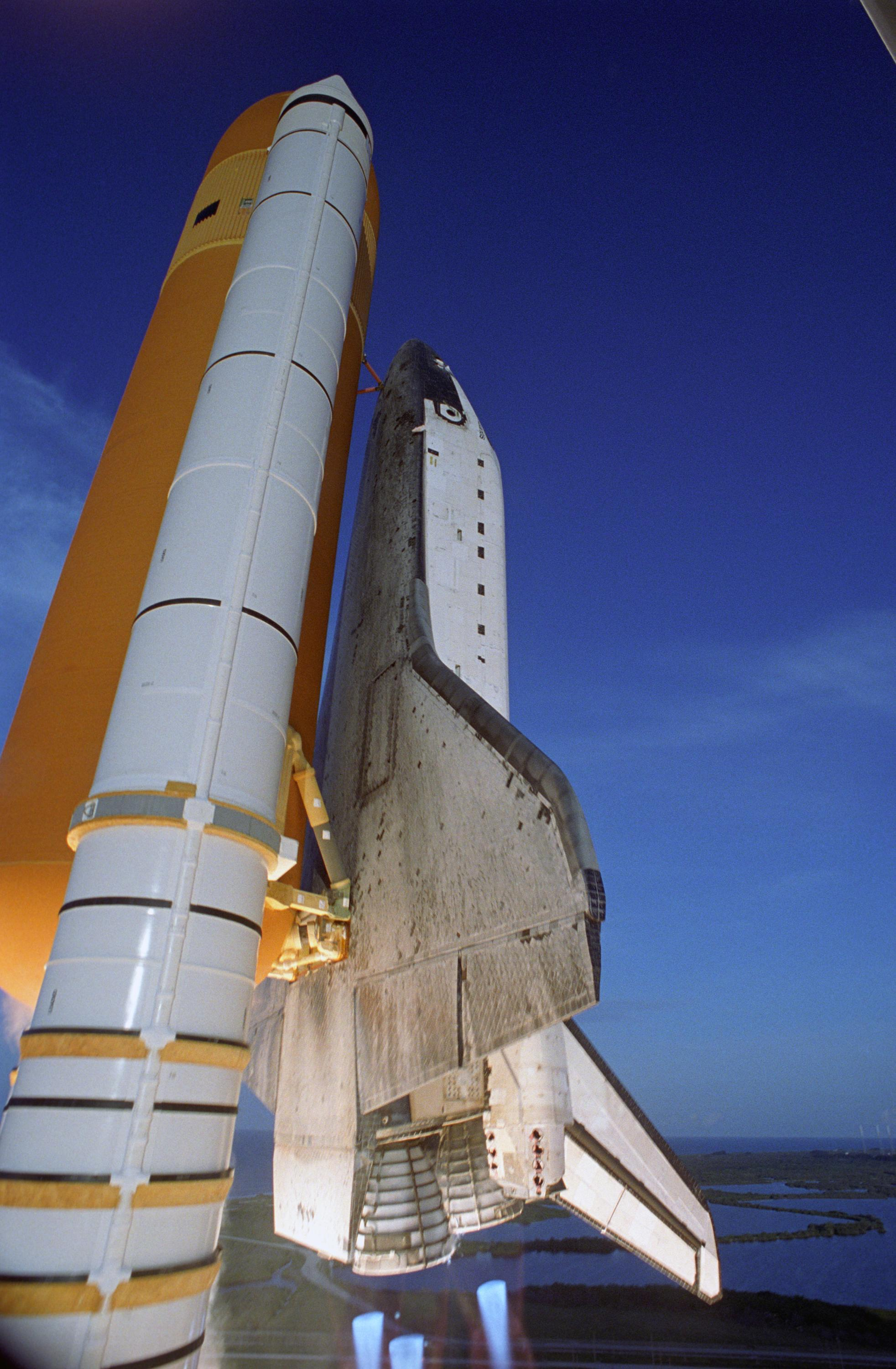 Shuttle launch controls and configurations - collectSPACE ...