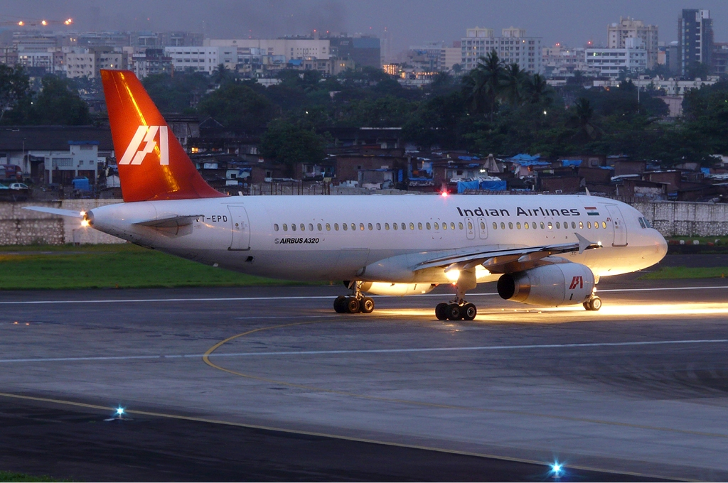 file:indian airlines airbus a320 sds-2 jpg