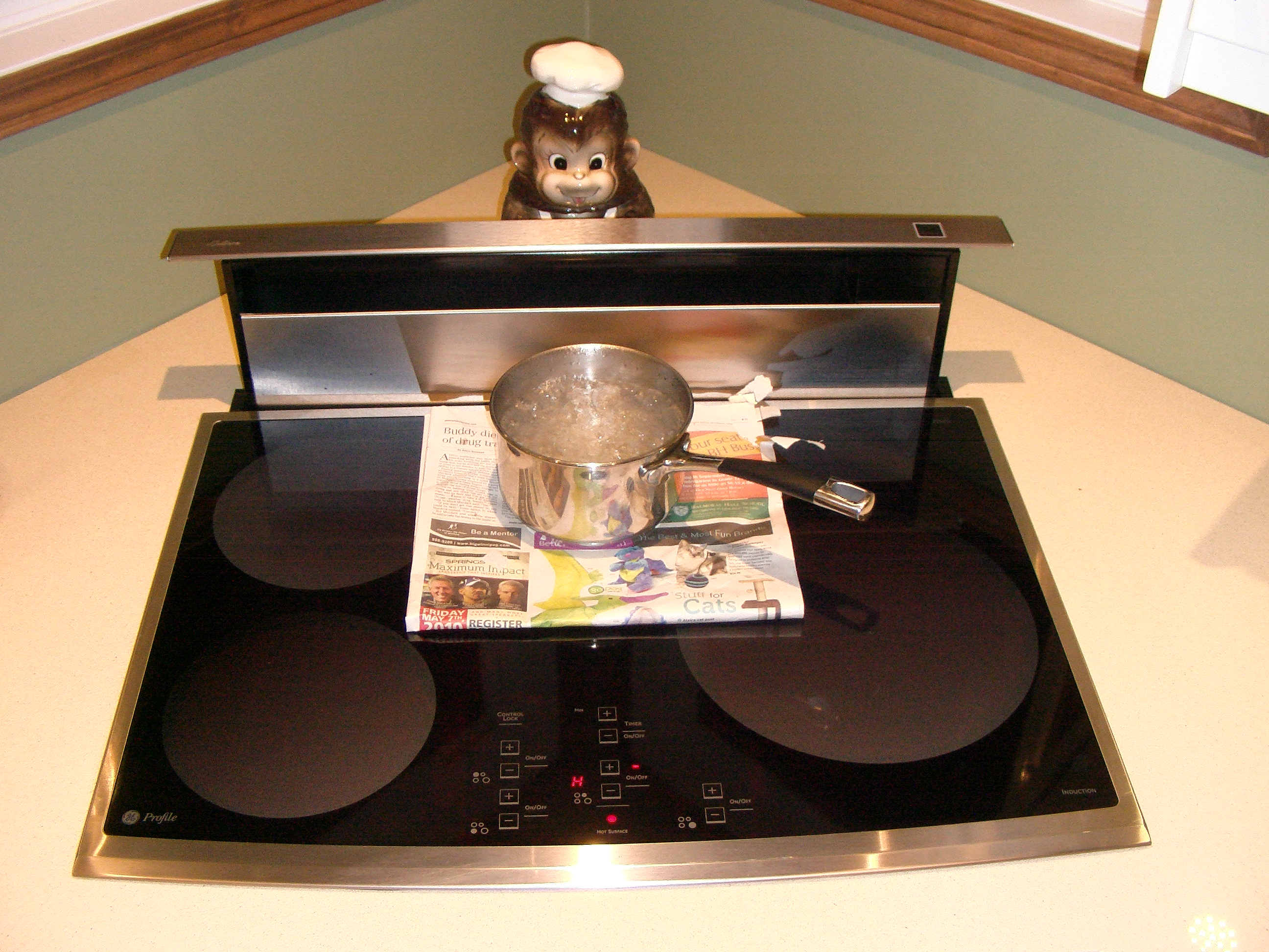 Ordinary Cooking On Induction Cooktop Part - 10: File:Induction Cooktop Rolling Boil.jpg