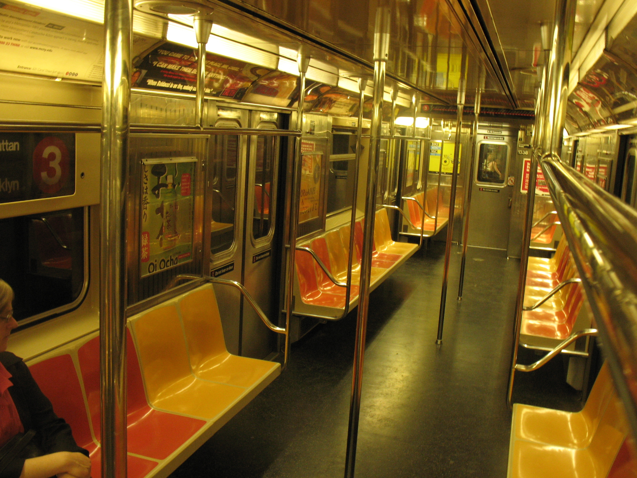 montreal metro cars should have folding lockable seats to reduce morning evening commute. Black Bedroom Furniture Sets. Home Design Ideas