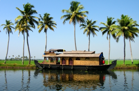 File:Kerala houseboat.jpg