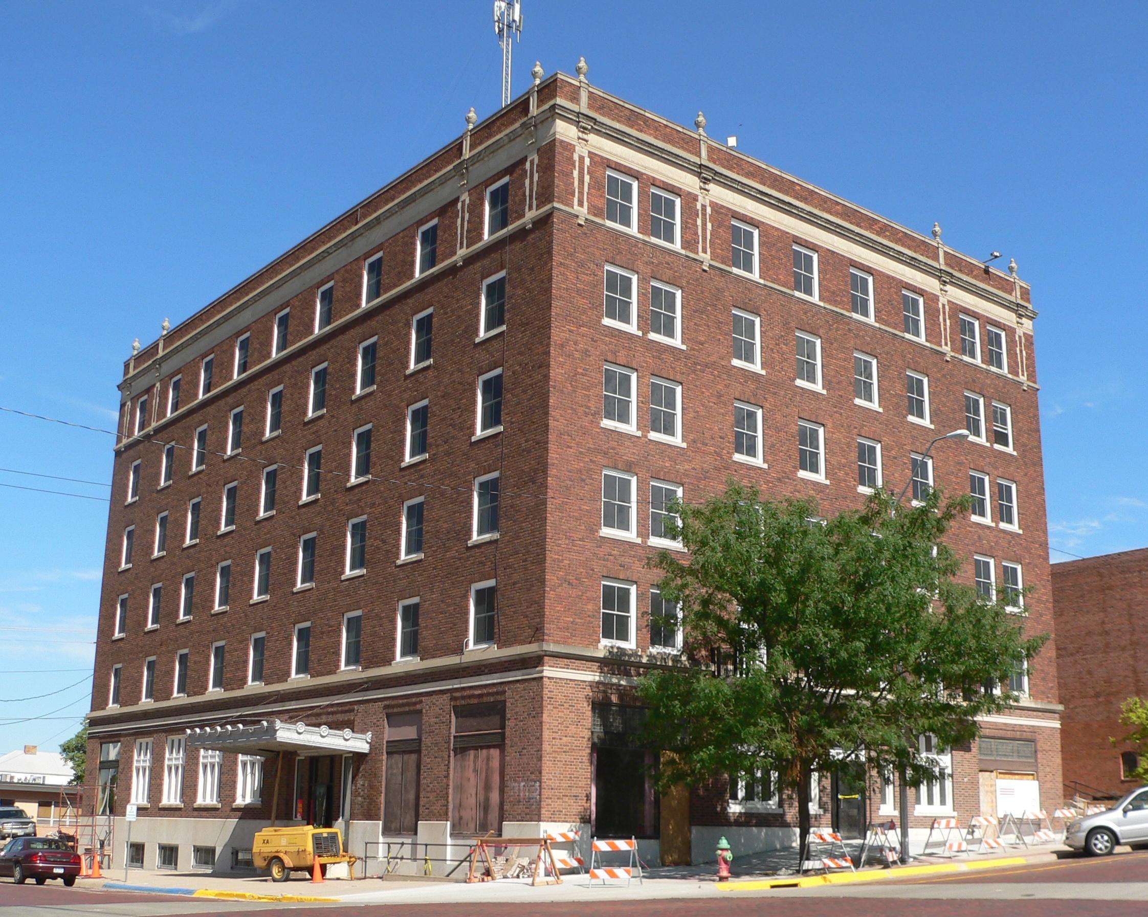 File Keystone Hotel Mccook Nebraska From Se 2 Jpg