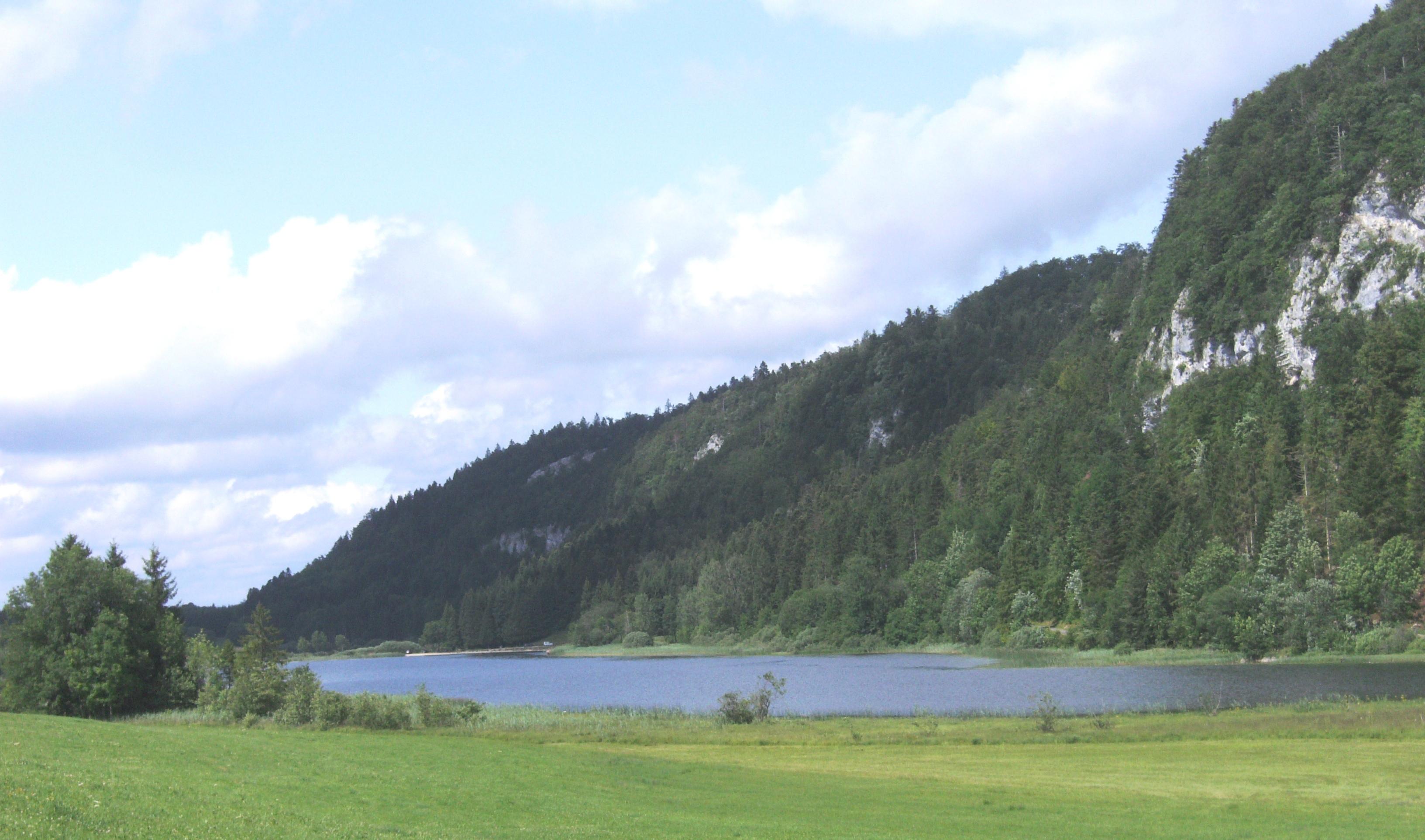 Lac_d'Etival.jpg