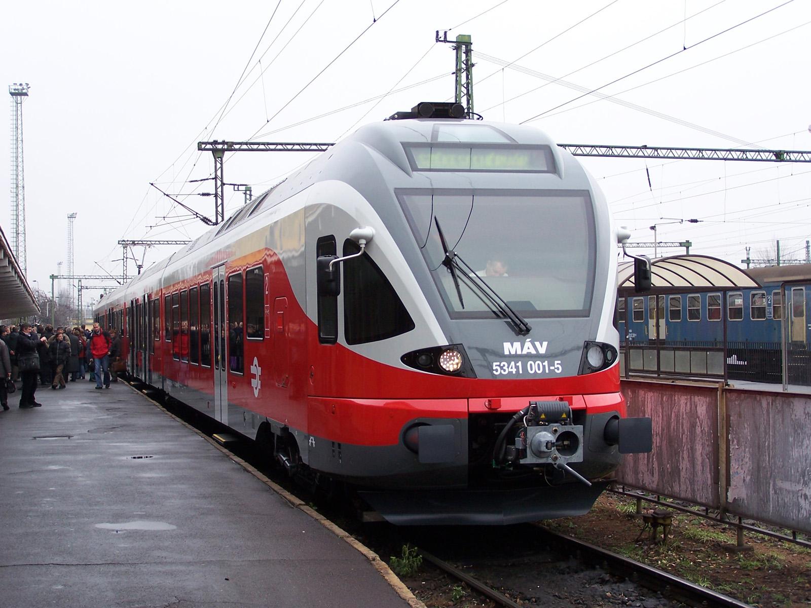 De Innotrans in Berlijn is de grootste treinenbeurs van de wereld. De ...