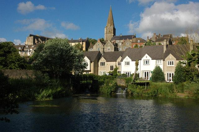 Malmesbury and the River Avon - geograph.org.uk - 861772