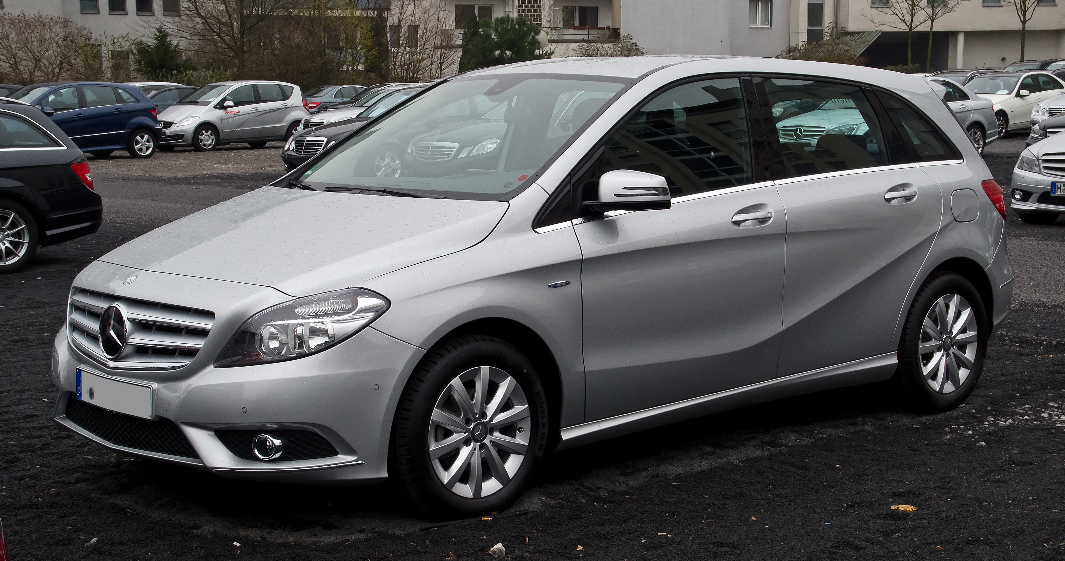 datei:mercedes-benz b 180 blueefficiency (w 246) – frontansicht, 10