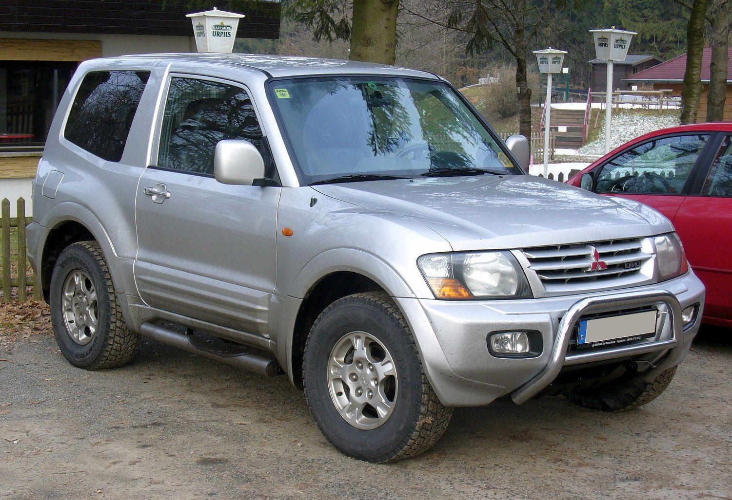 Description Mitsubishi Pajero DI-D.JPG