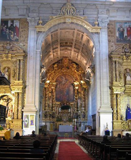 Imagem:Mosteiro de Grijo altar.jpg