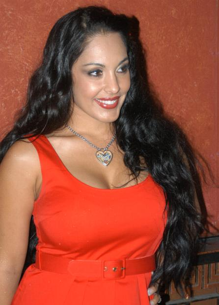 Paper Fresh Actress  Nina Mercedez   HD Wallpapers