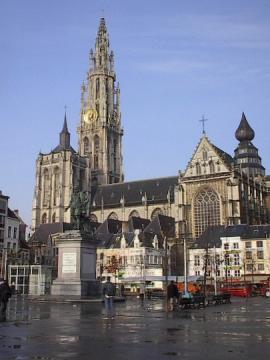 https://upload.wikimedia.org/wikipedia/commons/a/a6/OLV-kathedraal_Antwerpen.jpg