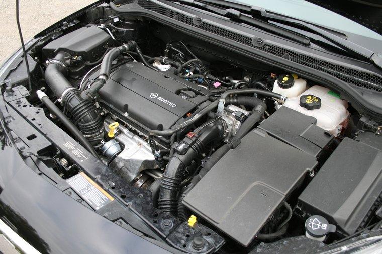Schema Elettrico Opel Zafira : File:opel astra iv silnik.jpg wikipedia