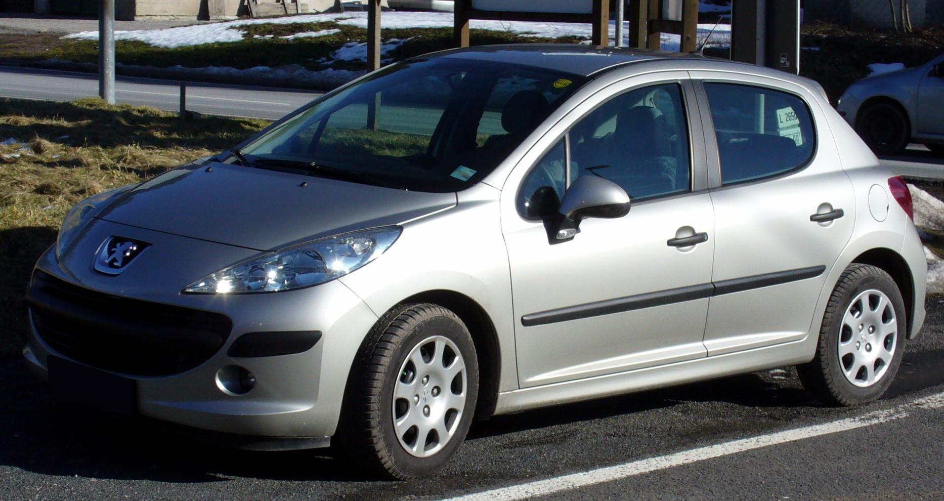 File:Peugeot 207 5-Türer.jpg - Wikipedia