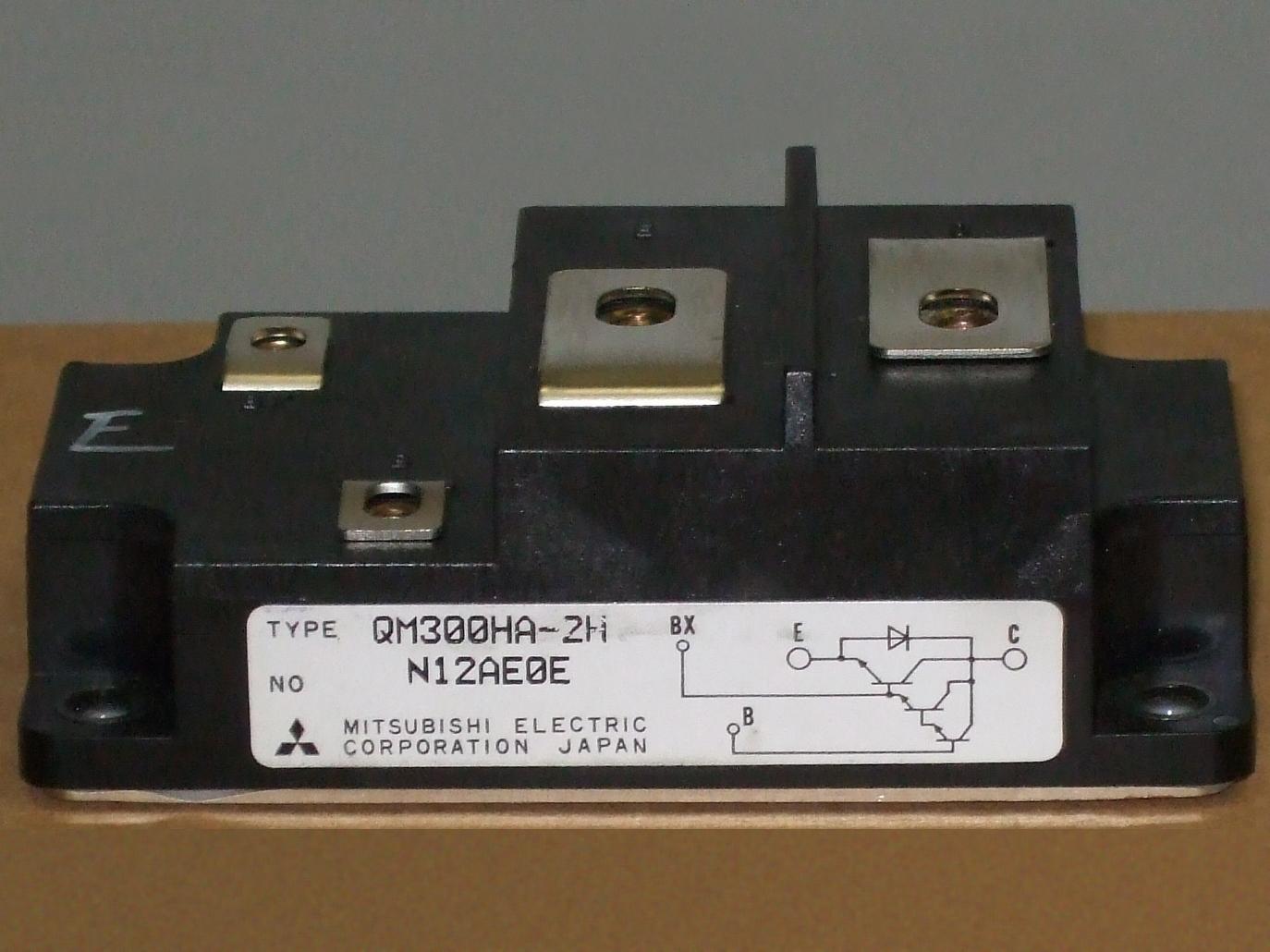 Fileqm300ha 2h Triple Darlington Transistor Wikimedia Commons Circuit