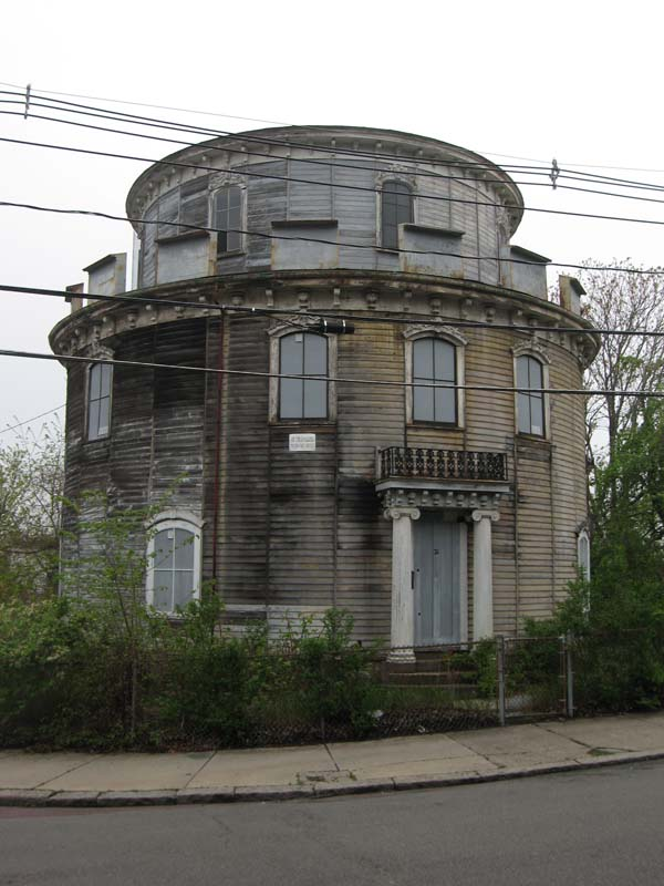 Round house somerville massachusetts wikipedia for Round house plans free