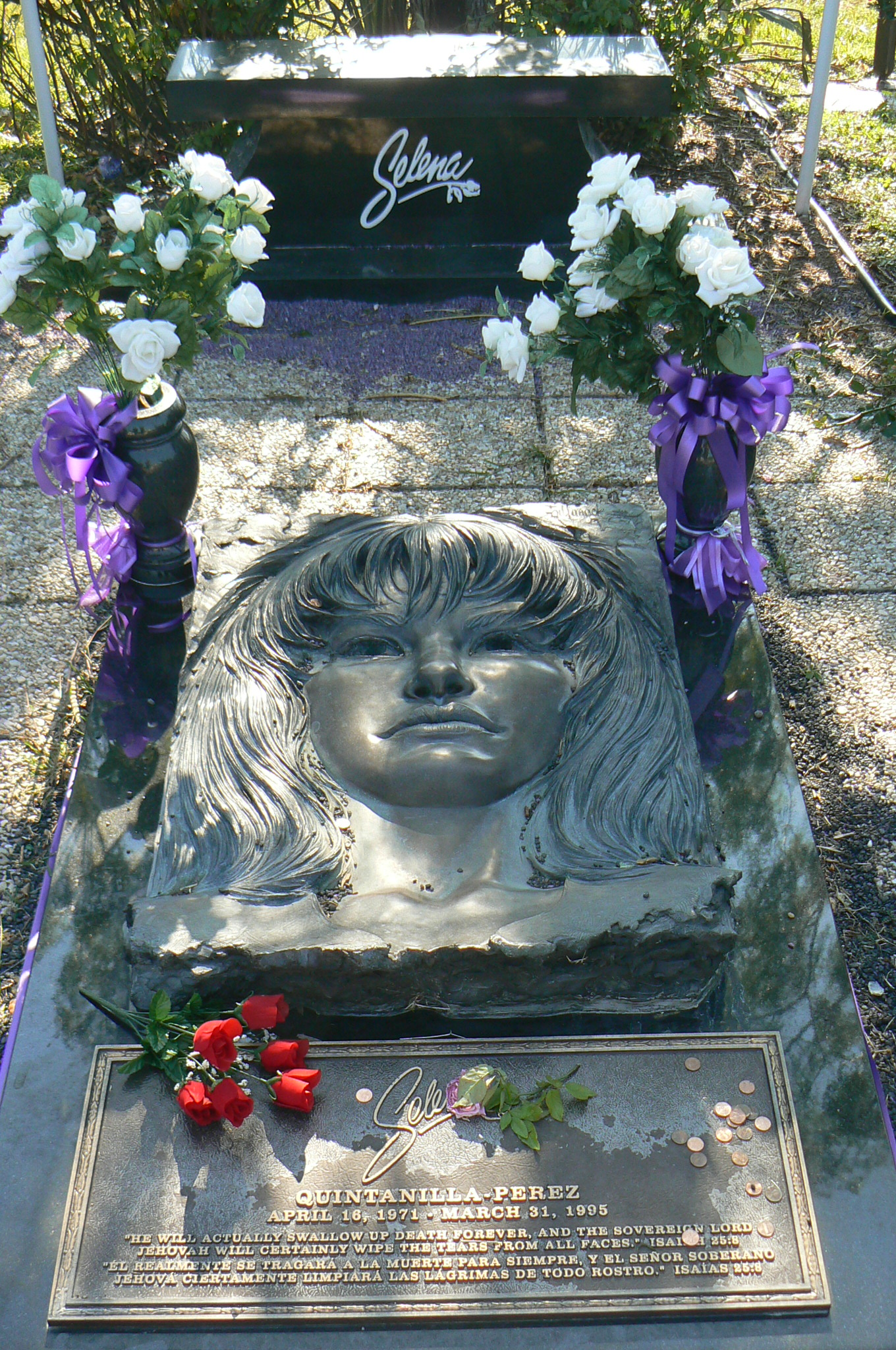 Michael Jackson Gravestone The gallery for -->...