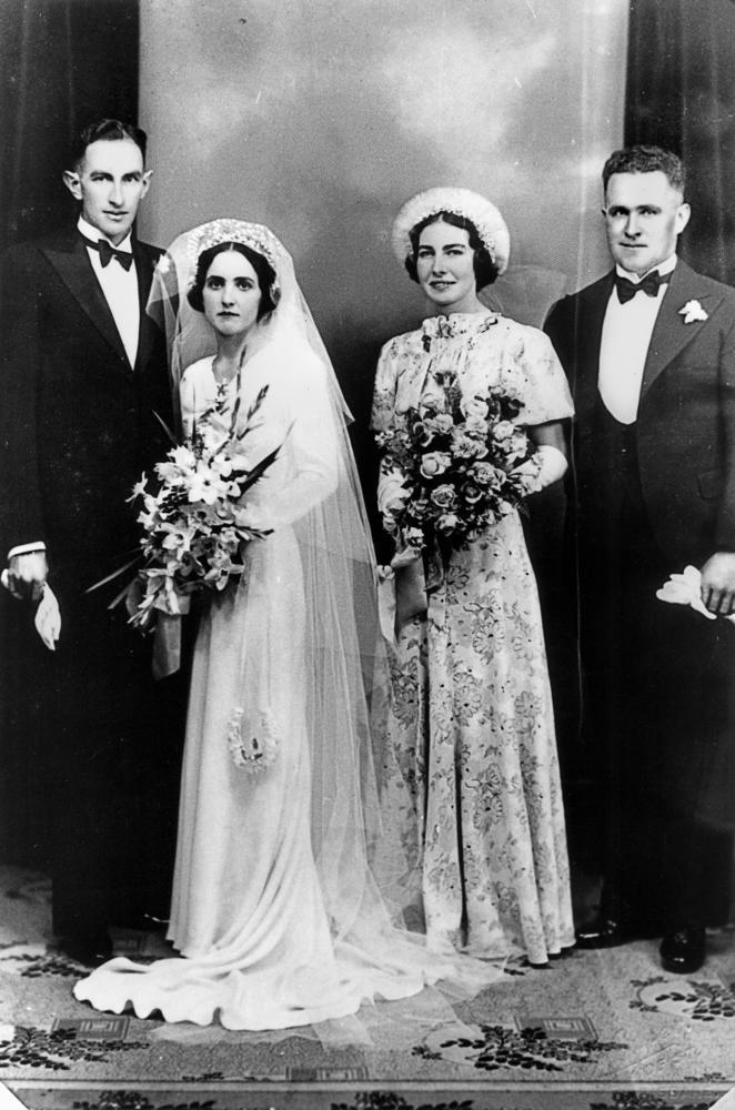 Image Result For Dresses Family Movie