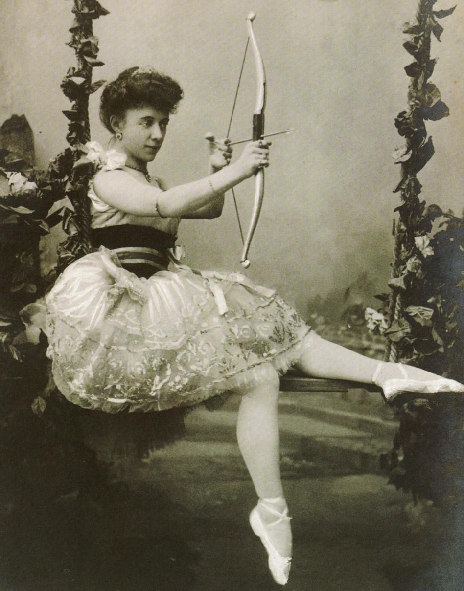 Russian ballerina Olga Preobrajenskaya as Sylvia in 1901