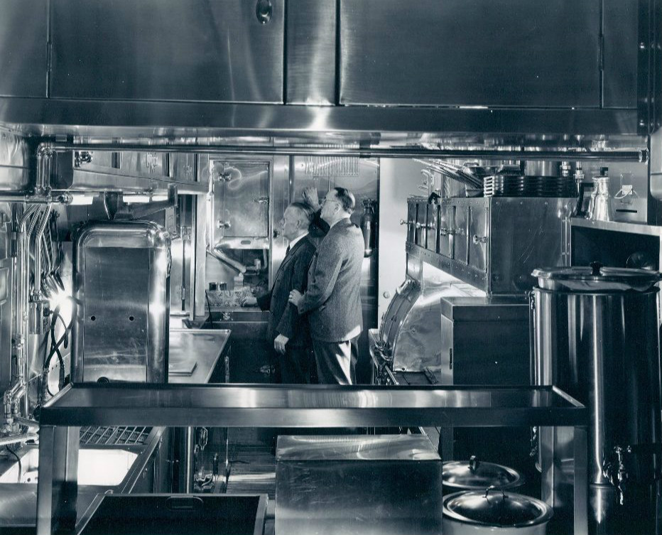 File:Union Pacific Dining Car Kitchen 1 1949.JPG