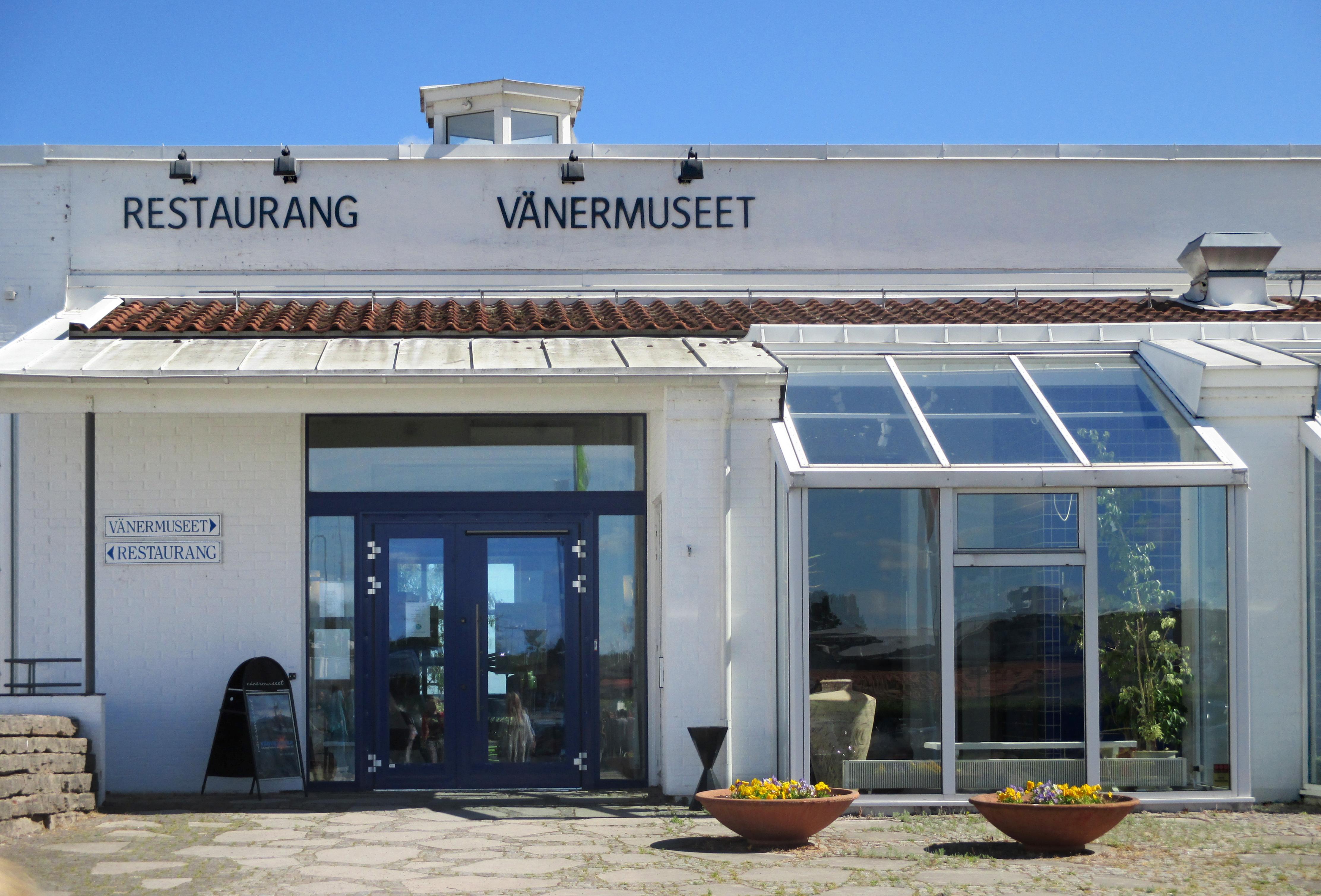 File:Vänermuseet i Lidköping 2434.jpg