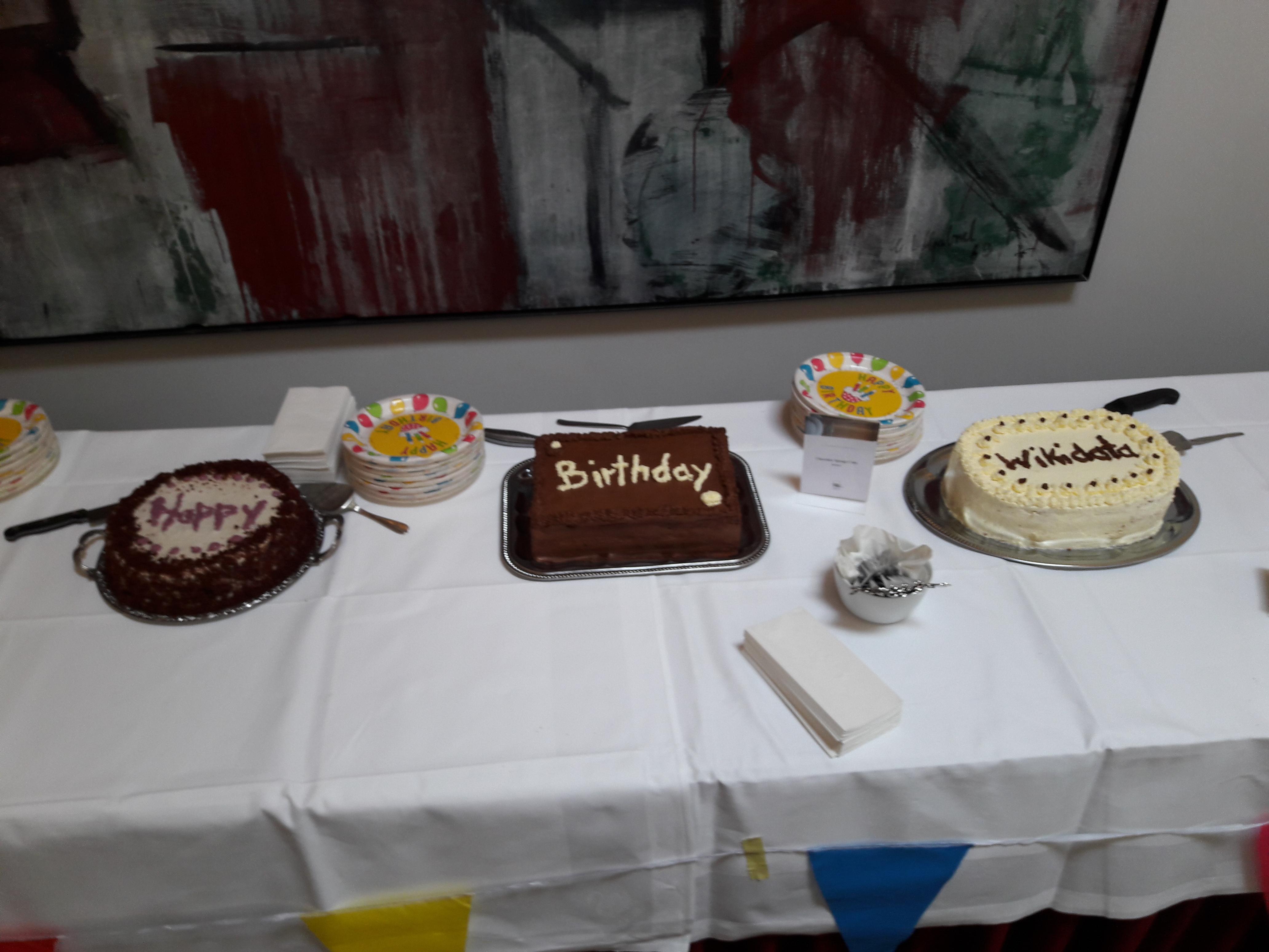 DateiWikidata Birthday Cake 140913