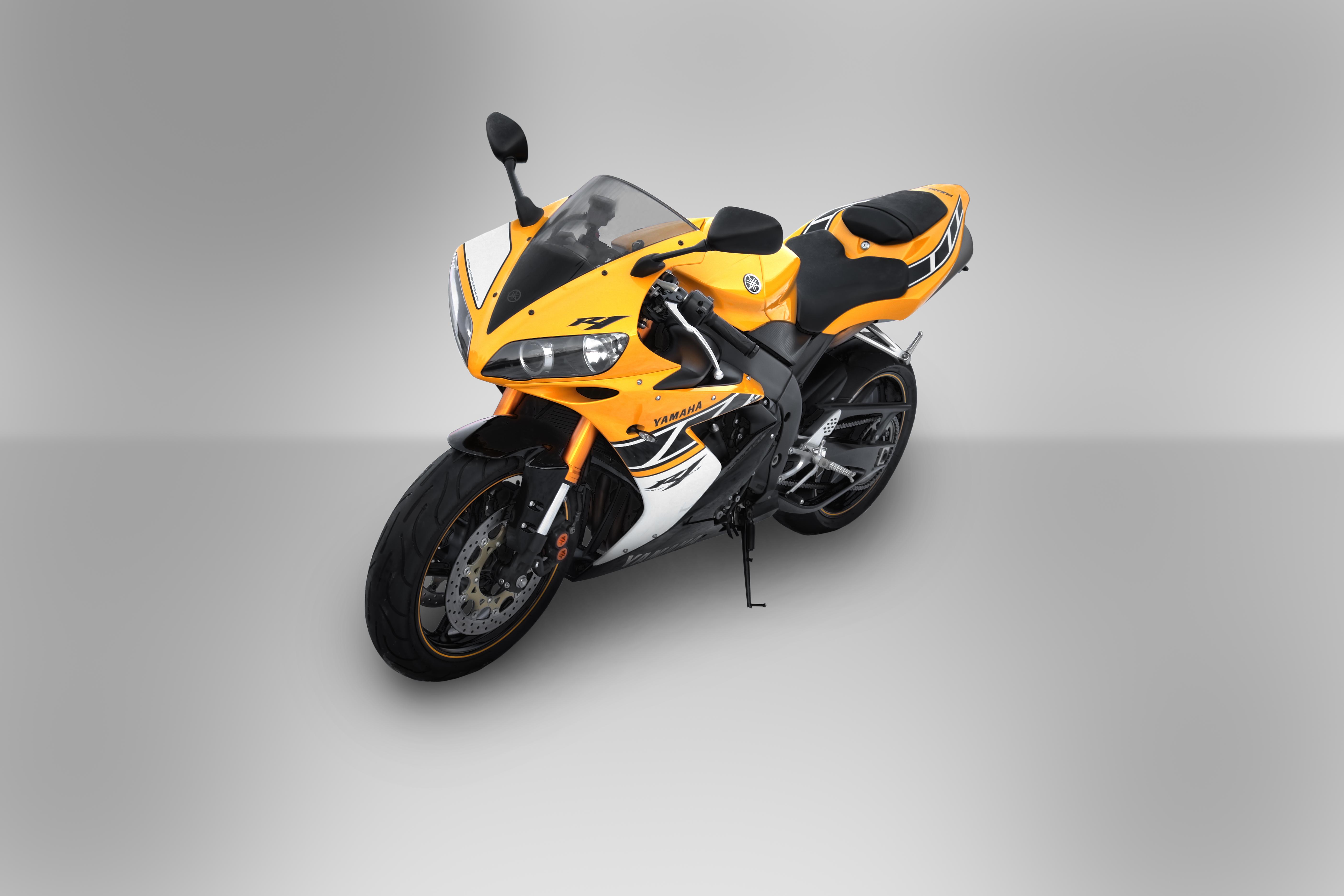 Yamaha R Th Anniversary Limited Edition