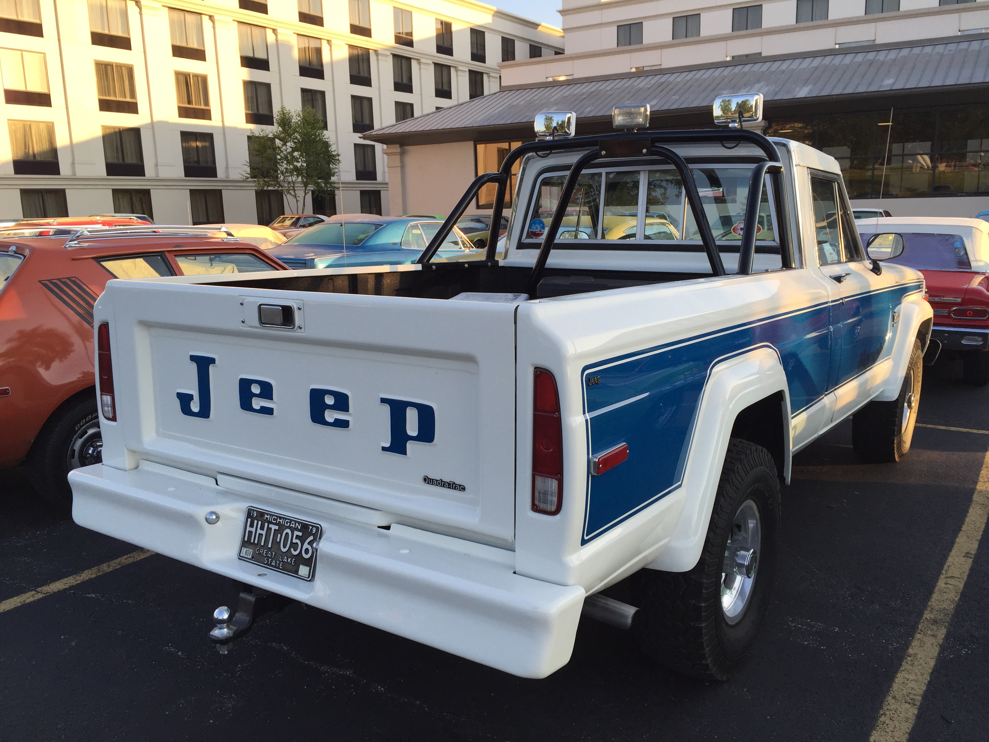 file:1979 jeep j-10 with honcho package at amo 2015 meet 2of3