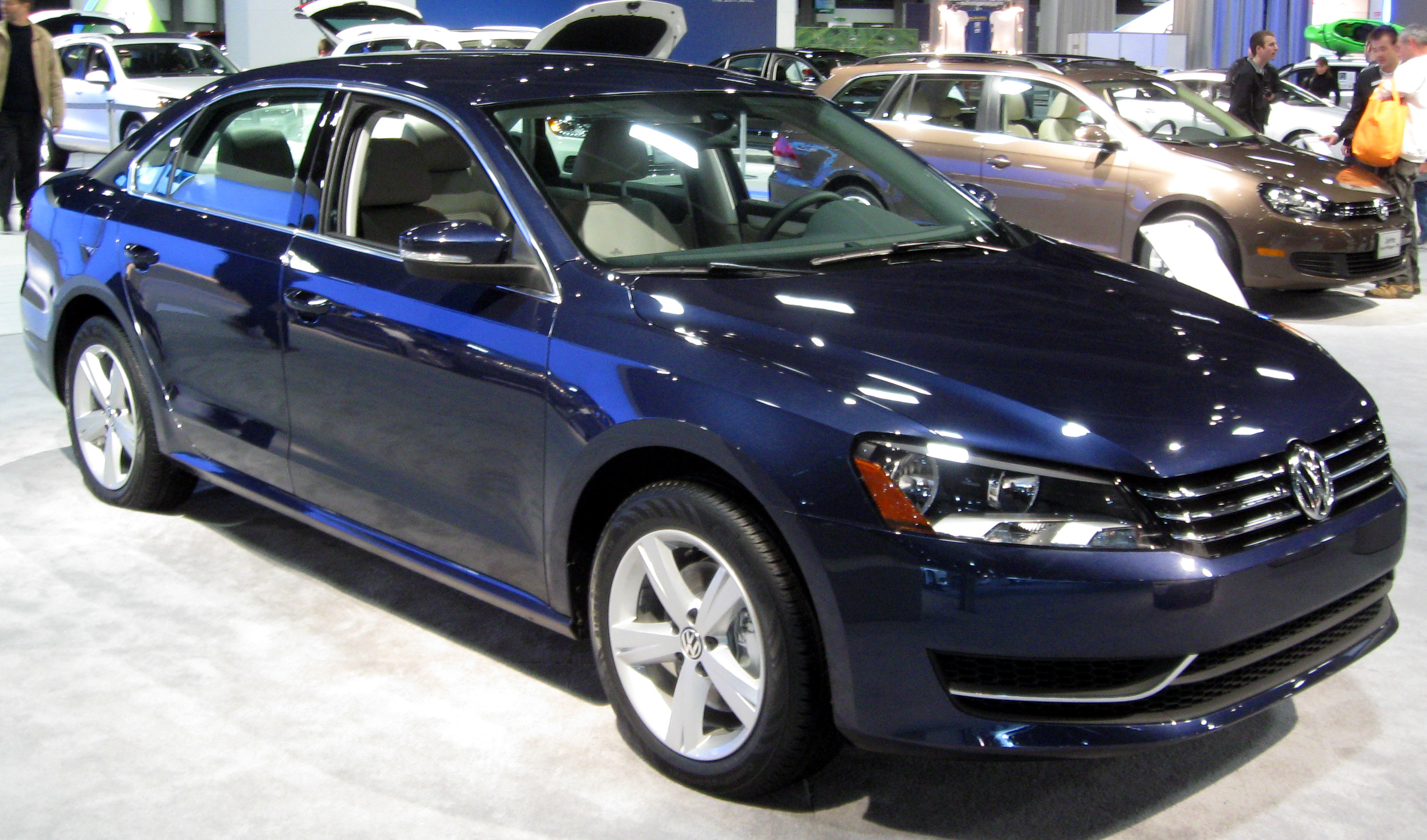 file 2012 volkswagen passat se 2011 wikimedia commons. Black Bedroom Furniture Sets. Home Design Ideas