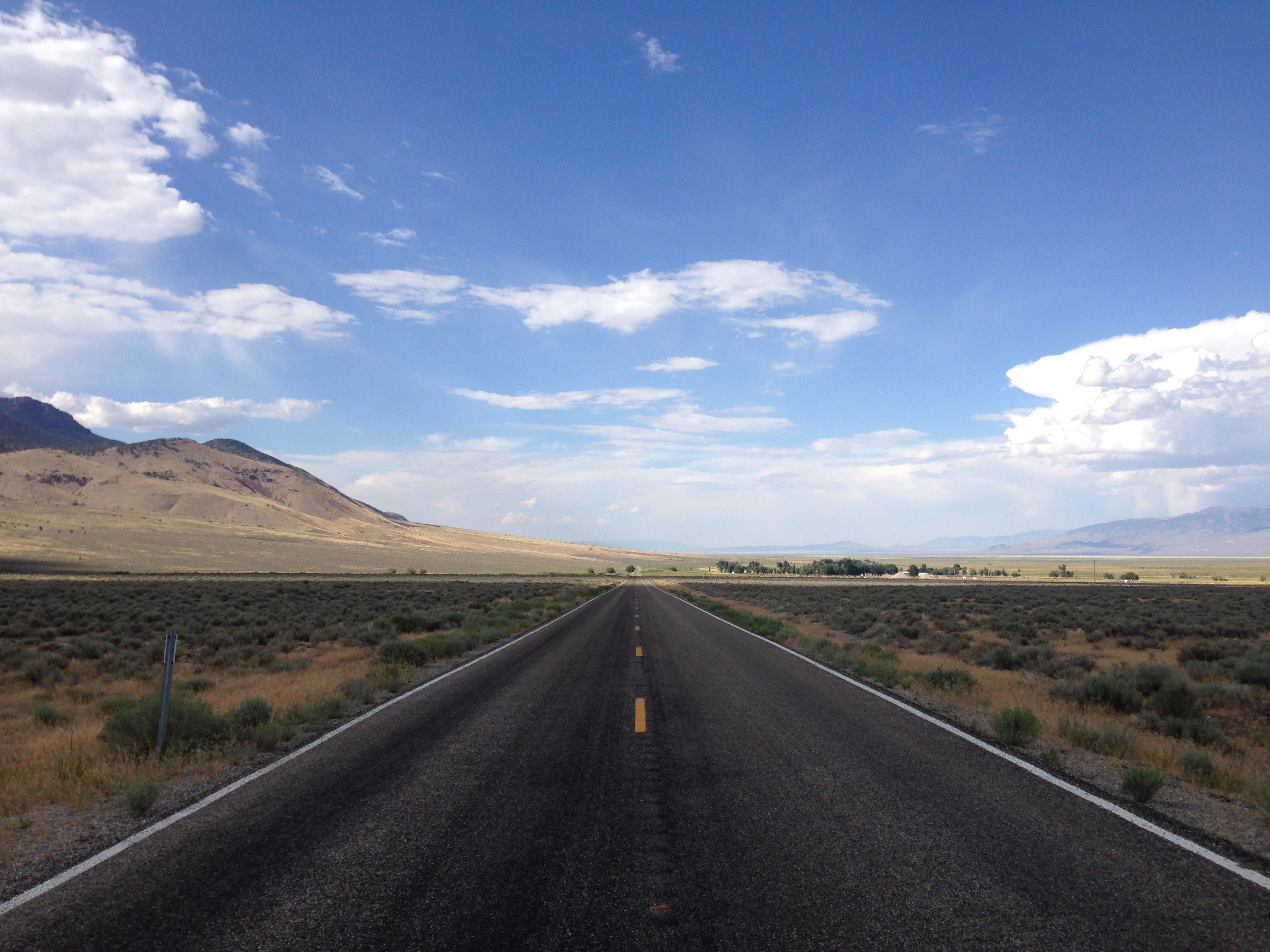 File:2014-08-09 16 19 18 View north along Nevada State ...