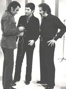 Alberto Lupo, Antonello Falqui y Doménico Modugno en el Teatro10 (1971).