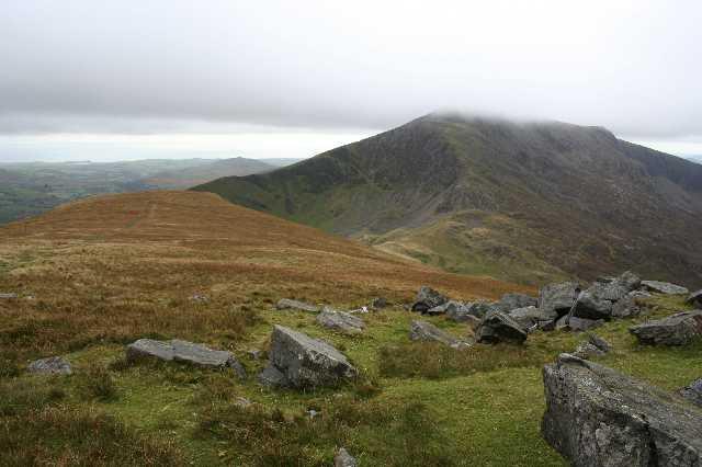 Along the Nantlle ridge from Mynydd Tal-y-Mignedd - geograph.org.uk - 1348445