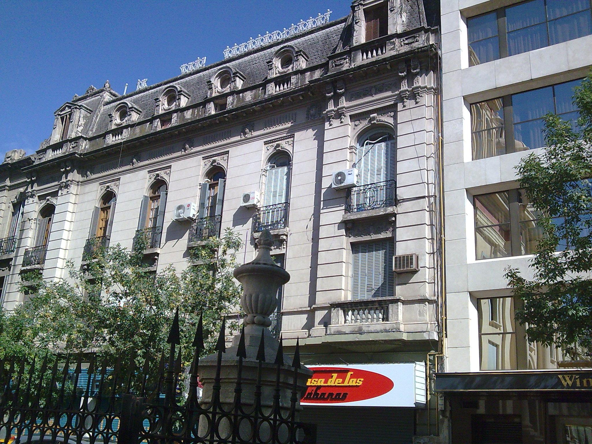 Calle Buenos Aires Entre