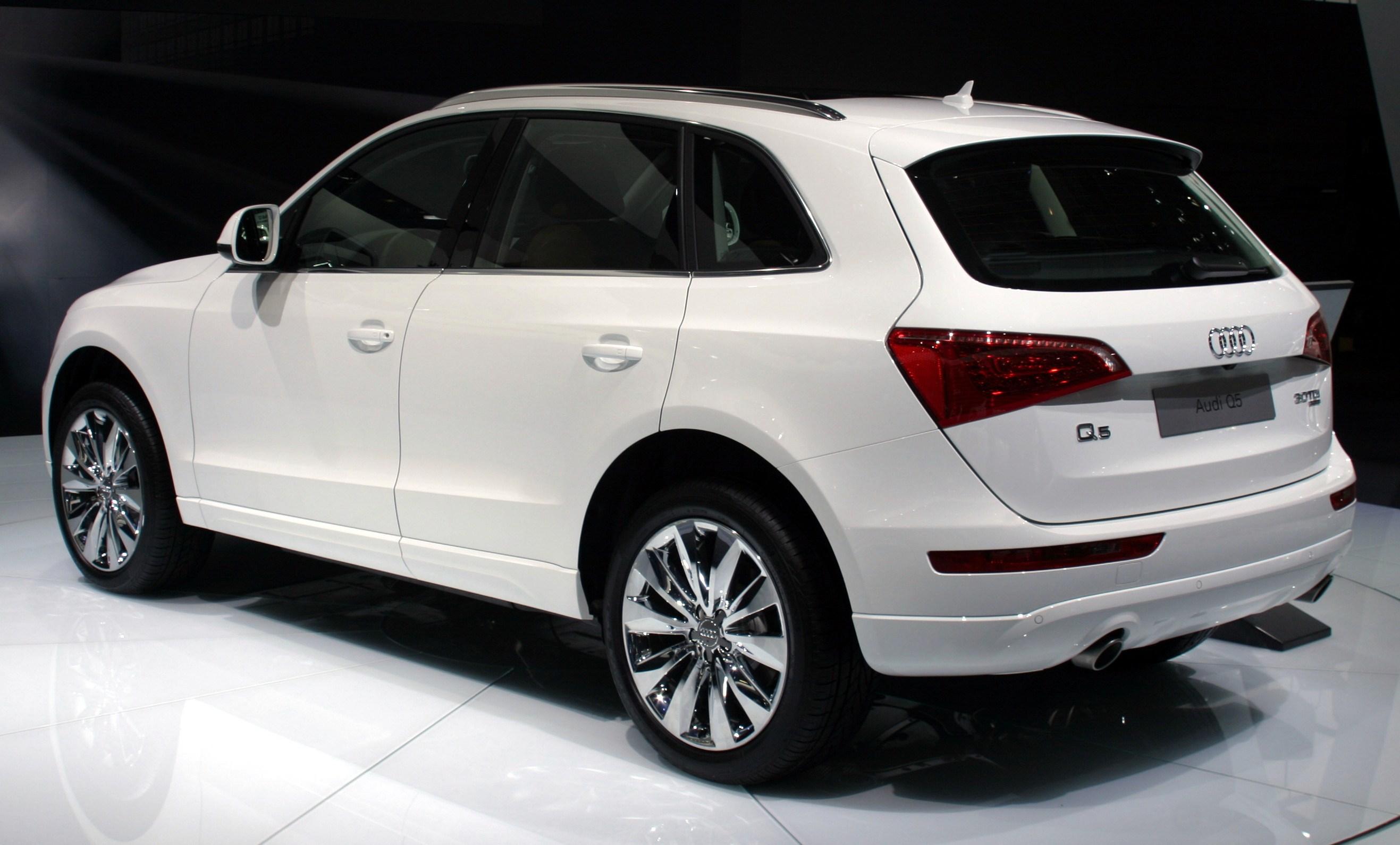 File Audi Q5 Rear White Moscow Autoshow 2008 27 08 Jpg