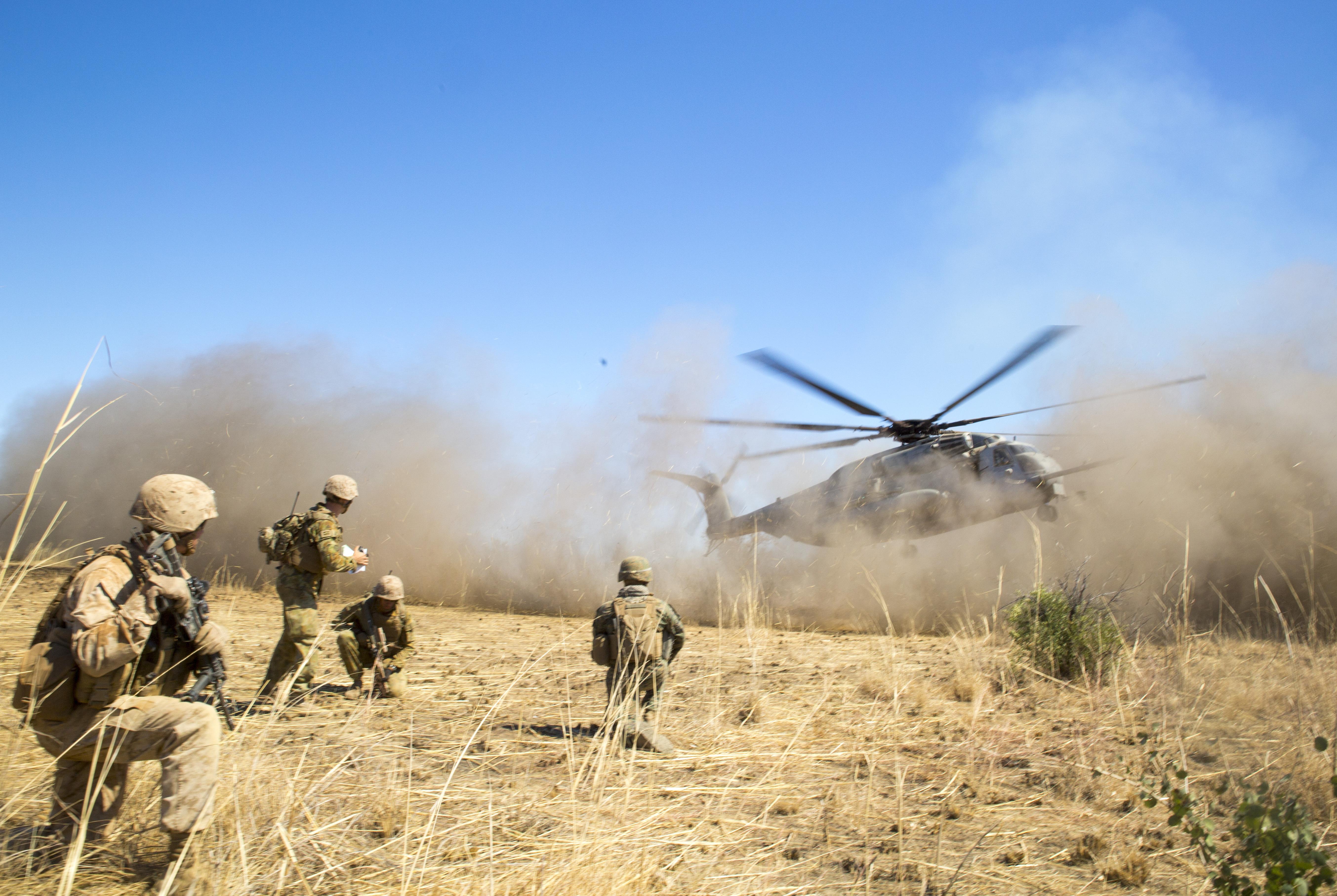 File:Australian Defence Force, U.S. Marines strengthen ...