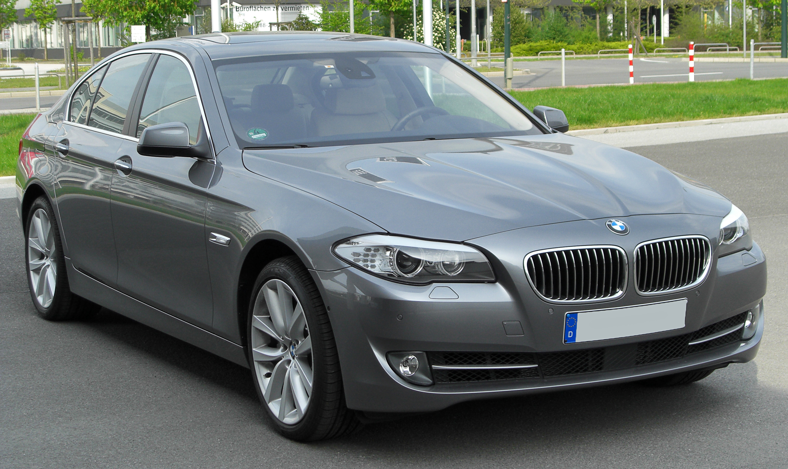 File Bmw 535i F10 Front 20100425 Jpg Wikimedia Commons