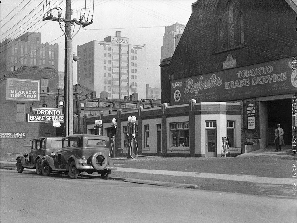File British American Gas Station Queen Street West Near