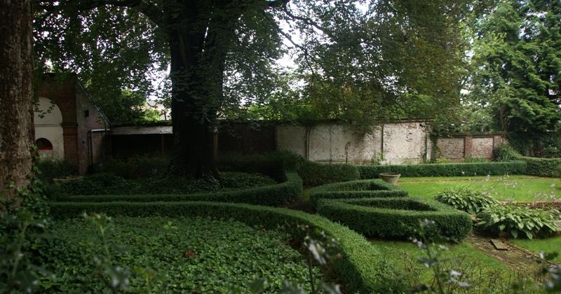 Heuvelachtig Tuin Ontwerp : Engelse tuin in clinge monument rijksmonumenten