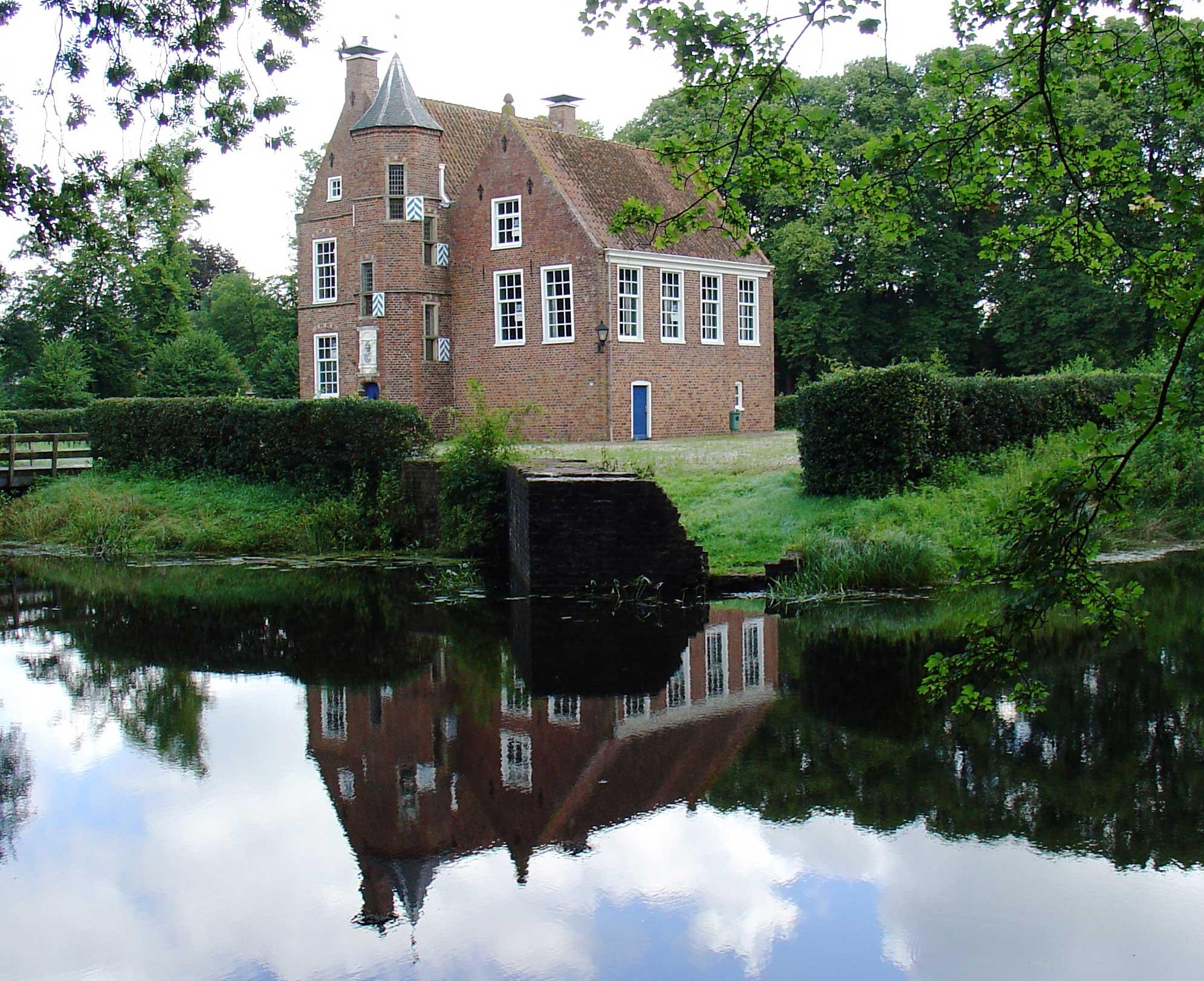 Wedderborg addingaborg huis te wedde in wedde monument - Fotos van huis ...