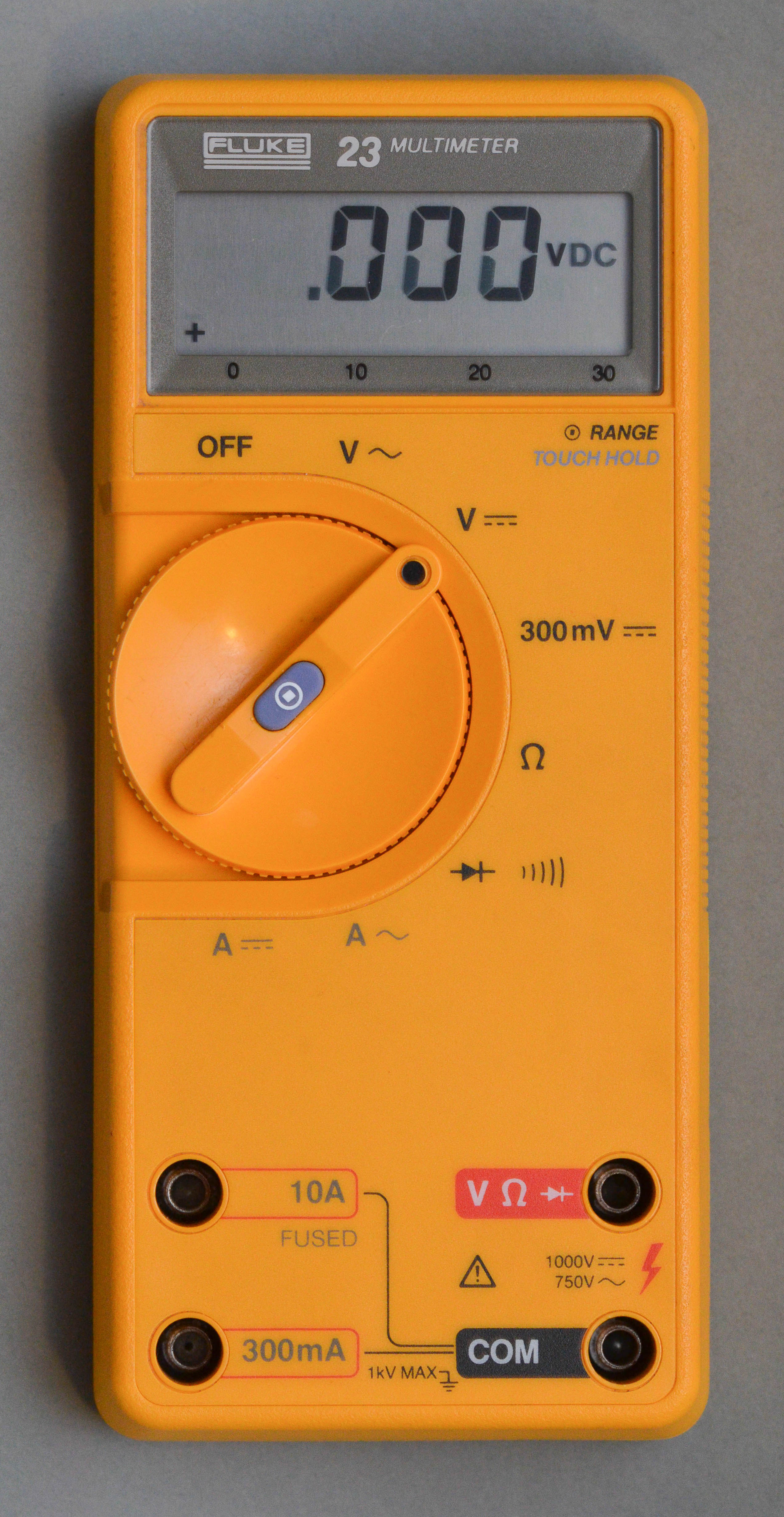 file fluke 23 multimeter front jpg wikimedia commons rh commons wikimedia  org fluke 23 series ii multimeter specifications Fluke 179 Multimeter Manual