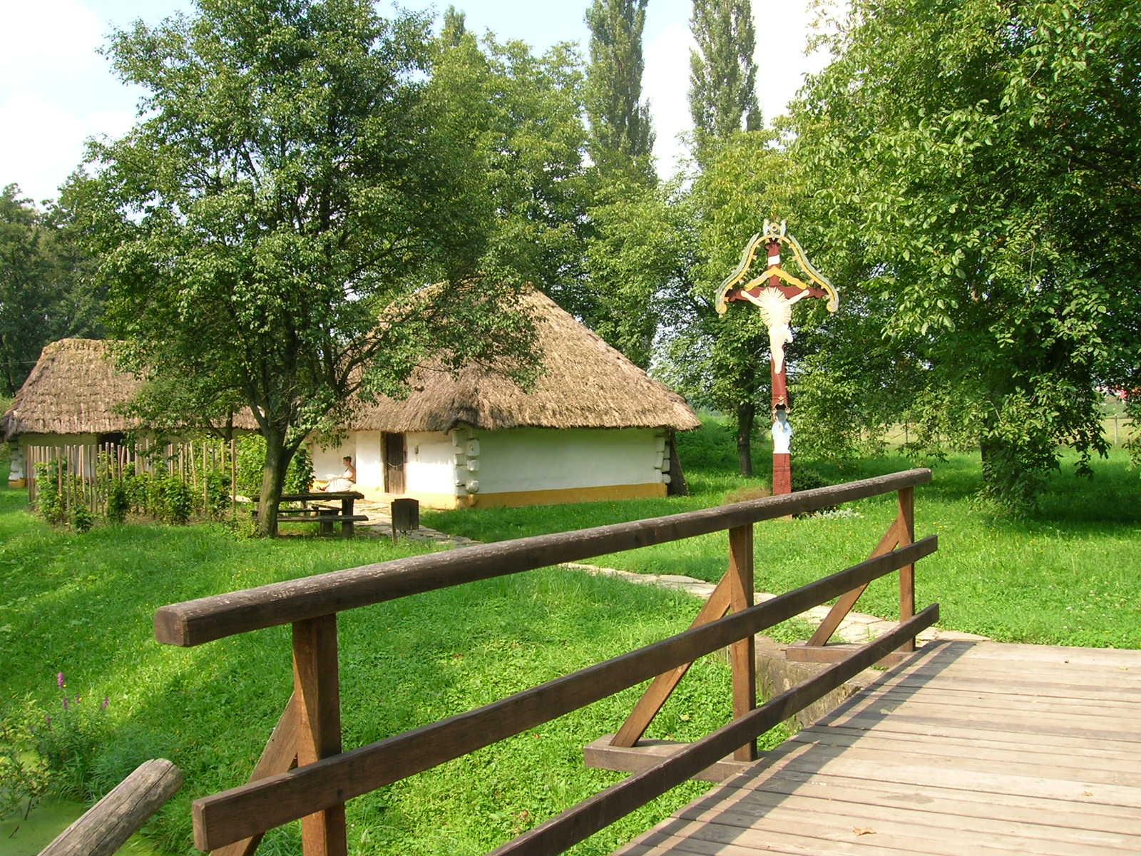 File Gocsej village br...