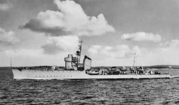 HMS_Romulus.jpg