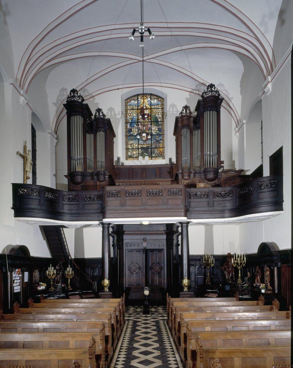 Bestand:Interieur, aanzicht orgel - Sittard - 20349239 - RCE.jpg ...