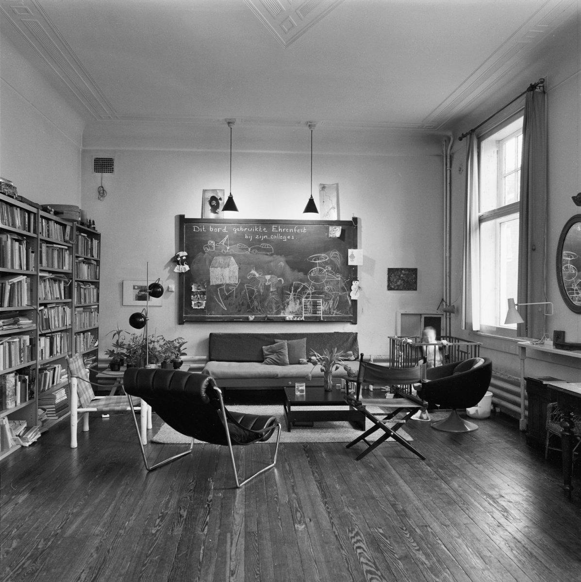 File:Interieur grote kamer, woon- en werkkamer - Leiden - 20137568 ...