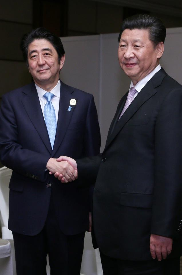 Japan-China Summit Meeting at Jakarta on April 22, 2015