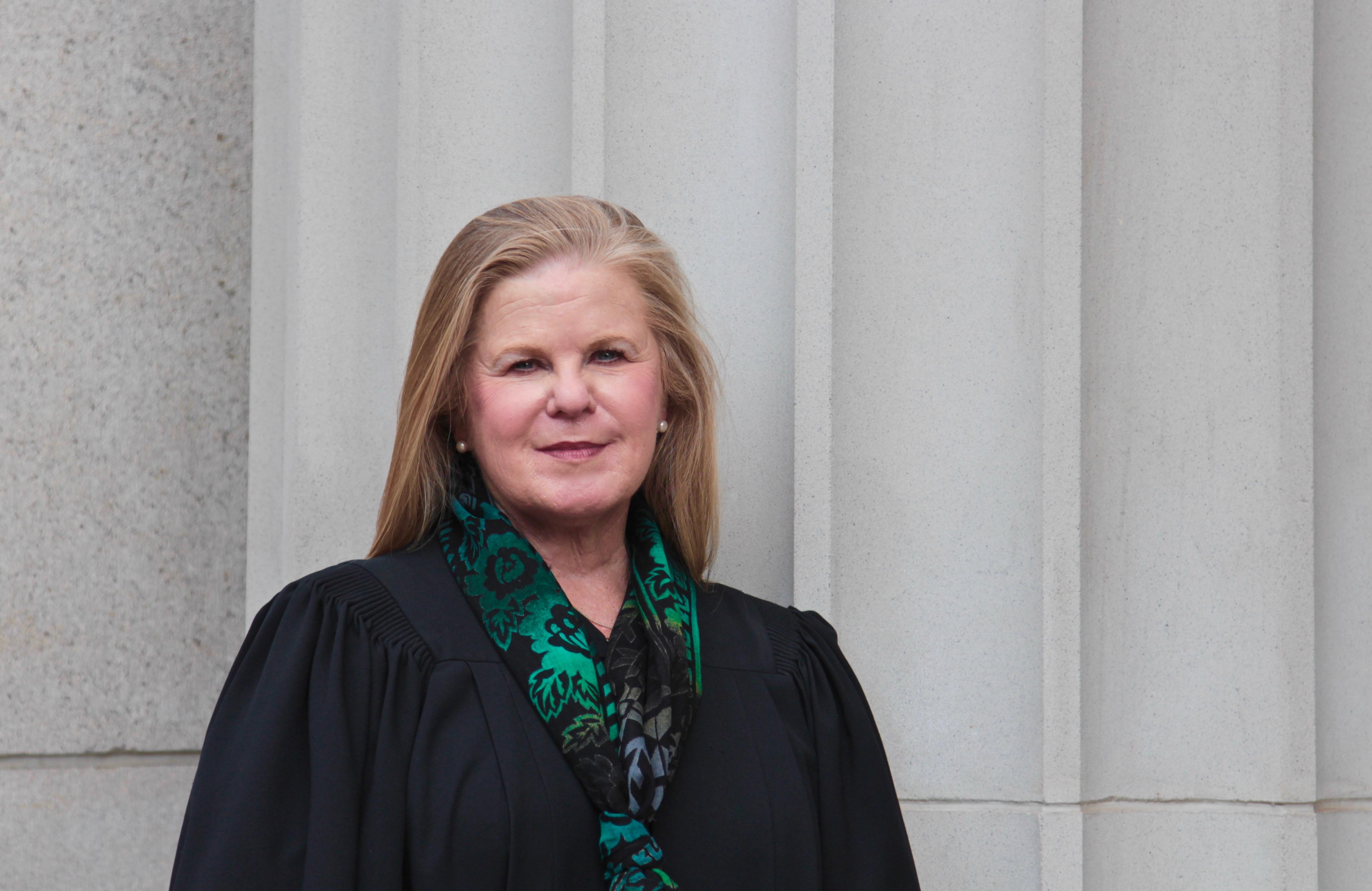 Sue Bell Cobb - Wikipedia